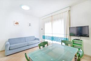 A seating area at Sardinia Blu Residence