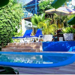 A piscina localizada em Casa Galeguita Hospedaria ou nos arredores