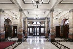 The lobby or reception area at Club Quarters Hotel, Trafalgar Square