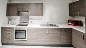 A kitchen or kitchenette at Dream Apartments Manchester