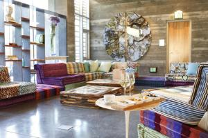 A seating area at H2hotel