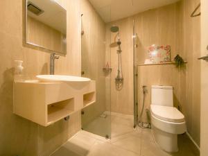 A bathroom at Maison life 小居屋 Riverson Soho