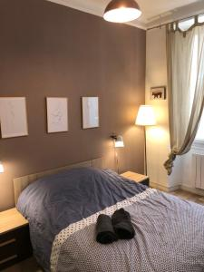 A bed or beds in a room at Magnifique Appartement 3 pièces Joliette Marseille PARKING PRIVATIF