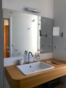 A bathroom at Villa Elisa M