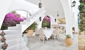 Εστιατόριο ή άλλο μέρος για φαγητό στο Blue Sapphire Villa