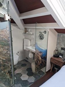 Un baño de Hotel O Semaforo