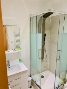 A bathroom at Jean
