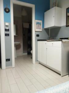 A kitchen or kitchenette at Hotel Niagara