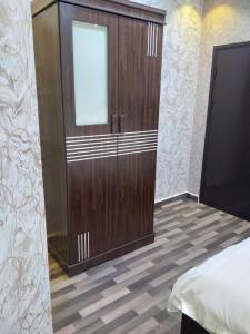 حمام في شقق ايواء الخرج الفندقية