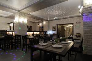 Ресторан / где поесть в Отель Альпийская Сказка