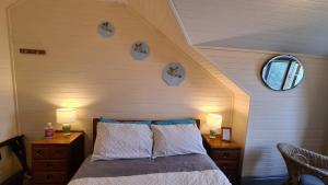 A bed or beds in a room at No14 Lovel St hostel