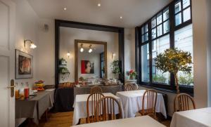 Restaurant ou autre lieu de restauration dans l'établissement Brueghel