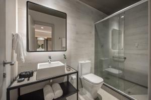 Um banheiro em Intercity Porto Alegre Aeroporto