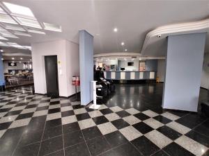 The lobby or reception area at Manacá Hotel