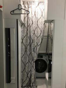 Ванная комната в Студия в центре Сочи
