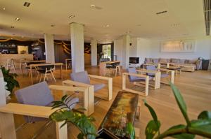 A restaurant or other place to eat at Arantza Hotela- Adults Only