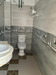 Phòng tắm tại Thuy Tien Hotel