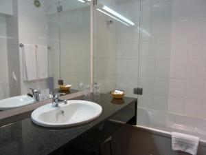 Uma casa de banho em Hotel Senhora do Castelo