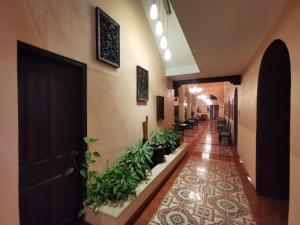 The lobby or reception area at Hotel Doralba Inn