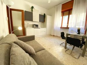 A seating area at Casa Vacanze Salerno Al Corso