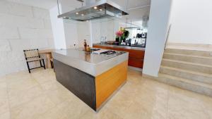 Una cocina o zona de cocina en Blue Diamond Luxury Boutique - All Inclusive Adults Only