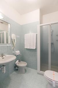 A bathroom at Hotel San Marco
