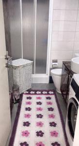A bathroom at DİHA RECIDENS