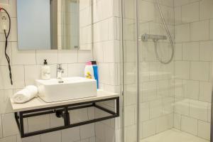 A bathroom at Pensión B4R