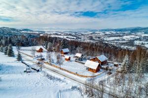 Obiekt U Kazika w górach zimą