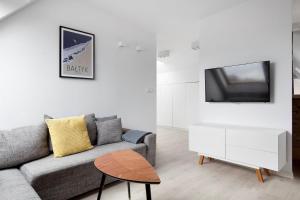 A seating area at SeaShore - piękny apartament w najlepszej lokalizacji w Sopocie