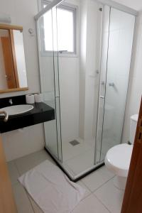 A bathroom at A Furninha Suites