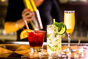 Drinks at Clayton Hotel Cardiff Lane