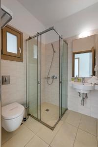A bathroom at Lithos by Spyros & Flora