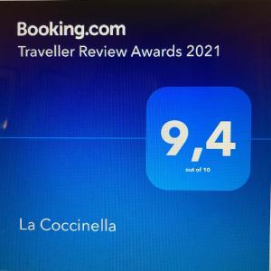 Certificato, attestato, insegna o altro documento esposto da La Coccinella