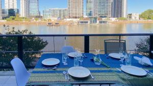 A restaurant or other place to eat at Best View Puerto Madero