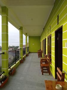A balcony or terrace at Kaesa Homestay