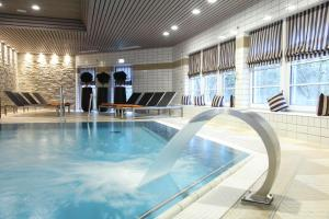 The swimming pool at or near relexa hotel Harz-Wald Braunlage GmbH