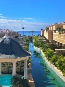 Vista sulla piscina di Royal River & Spa, Luxury Hotel o su una piscina nei dintorni
