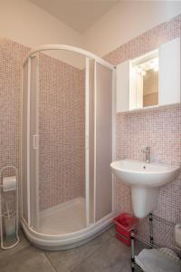 A bathroom at Casa Vacanze Il Campo