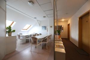 Ein Sitzbereich in der Unterkunft Pension Sachsenallee