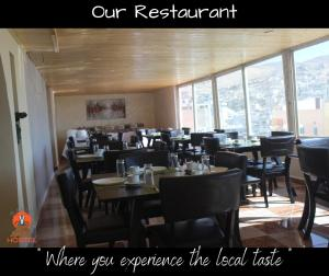 A restaurant or other place to eat at Rafiki Hostel