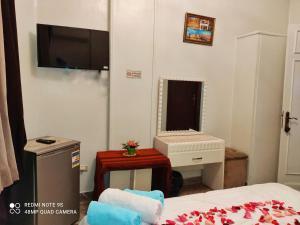 تلفاز و/أو أجهزة ترفيهية في Abdeen Palace Hostel