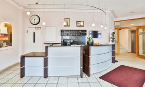 Кухня или мини-кухня в Hotel Stadt Kappeln