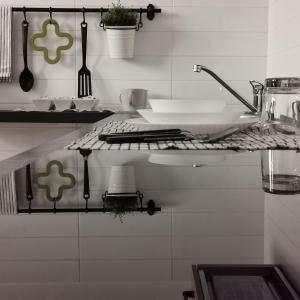 A kitchen or kitchenette at Balzico House