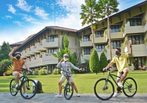 Cycling at or in the surroundings of The Singhasari Resort Batu