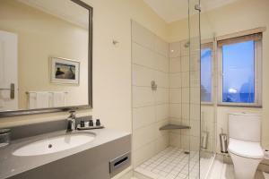 A bathroom at The Beach Hotel
