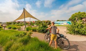 Radfahren an der Unterkunft Camping Veld & Duin oder in der Nähe