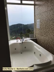 A bathroom at Pousada Harry Pisek