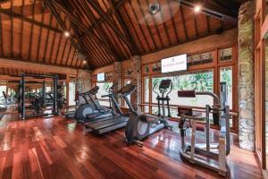 Academia e/ou comodidades em Le Bora Bora by Pearl Resorts