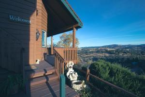 A balcony or terrace at Tucker Peak Lodge